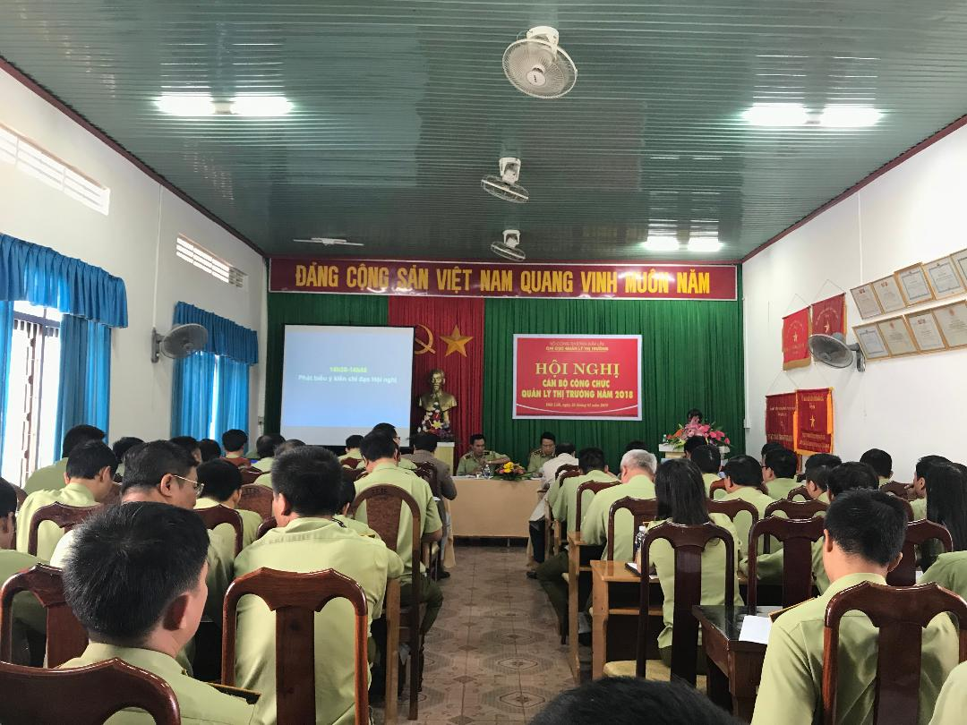 TOAN CANH HOI NGHI CBCC